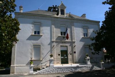 La mairie de l'Île d'Elle - Photo Marie-Sophie Bock-Digne
