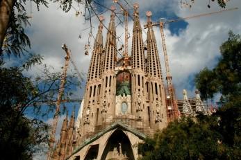 La Sagrada Familia en travaux en octobre 2011 - Façade